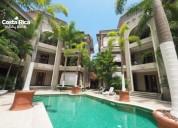 Condo equipado lujoso terraza vista piscina
