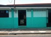 Punto de ventas con estantes abarrote entre otros excelente ubicacion muy centrico en alajuela