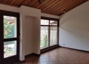 Espaciosa casa con acabados finos escazu 3 dormitorios