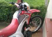 Vendo excelente moto en heredia