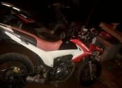 Vendo excelente moto en esparza