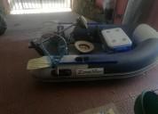 Bote dingue listo para la pesca barcos y lanchas
