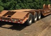Lowboy de 3 ejes descuellable capacidad 60 ton.