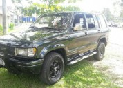 Isuzu trooper 93 turbo diesel 2 8 200000 kms cars, contactarse.