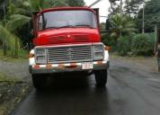 Se vende camion mercedes tandem.
