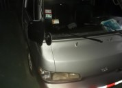 Se vende buseta hyundai grace 2001.