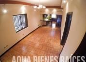Venta de amplia casa con apartamento en san luis de heredia 4 dormitorios