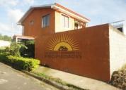 Se vende preciosa casa en residencial en la guacima de alajuela nhp 439 5 dormitorios