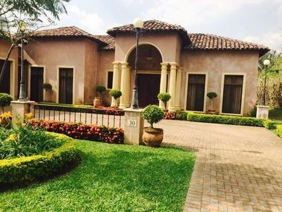 Lujosa Casa Amueblada 3 dormitorios 800 m2