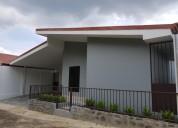 Casa en venta en atenas atenas 3 dormitorios 130 m2