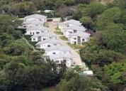 Casa en exclusivo condominio 4 dormitorios 898 m2
