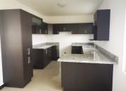 Venta de casa en condominio (1001)