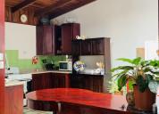 Venta de casa con 3 apartamentos en san sebastián,